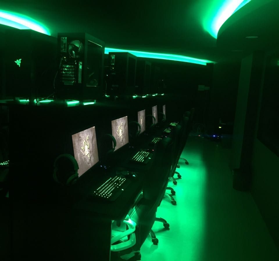 eSport Lounge Green 2
