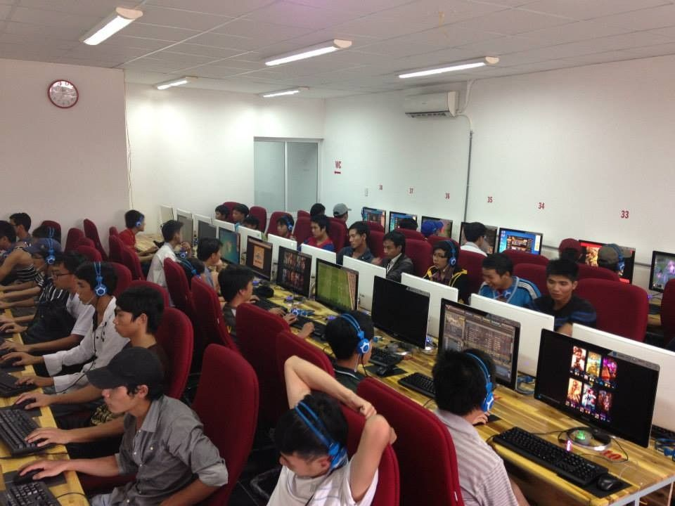 CCBoot in Vietnam Cyber Cafe