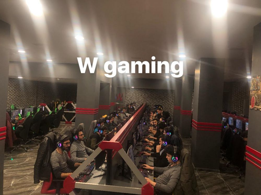 w-gaming-inside-08